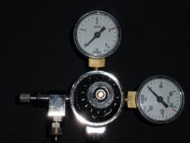 CO2 drukregelaar met zeer fijn afstelbaar naaldventiel