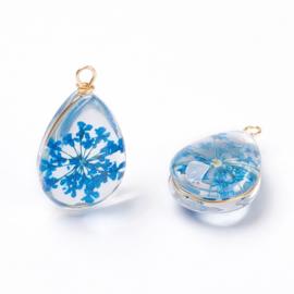 Hanger met blauwe bloemen