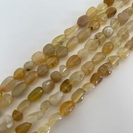 Opaal kralen Honing 6 x 8 mm