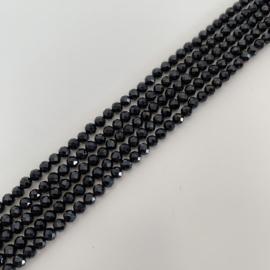 Spinel kralen 3 mm facet