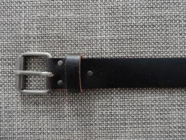 Lederen riem 4 cm gebroken bruin.