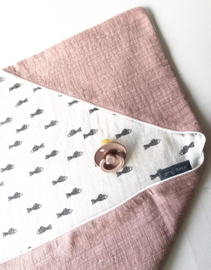 Wikkeldoek Mother Nature Dusty Pink/ Linen Fisch