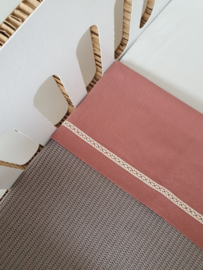 Laken ledikant lace terra pink