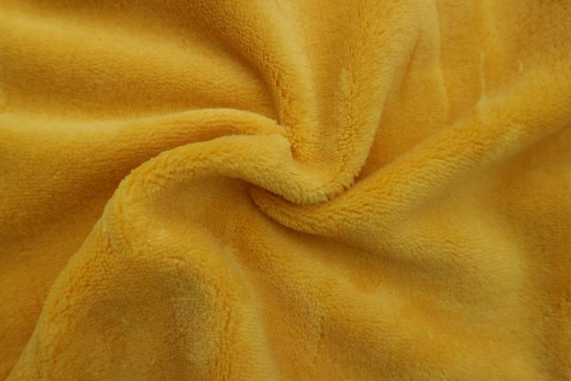 Teddy oker geel