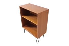"""Formule meubelen boekenkast met hairpin poten """"Hapert"""""""