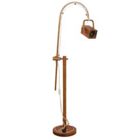 Houten vloerlamp 'Kraloo'