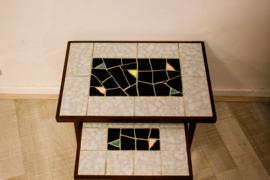 Nesting tables mozaiek