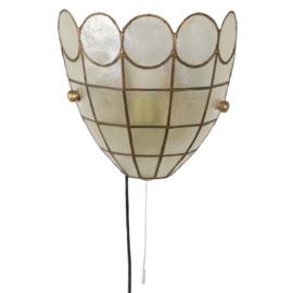 Parelmoer wandlamp