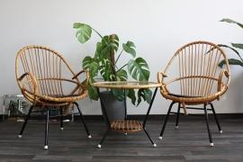 Retro rotan stoelen + tafeltje