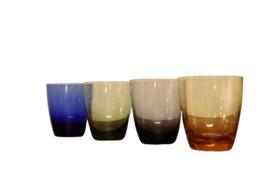 Set van 4 gekleurde glaasjes