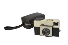 Fotocamera 'Kodak Instamatic 25' + tasje