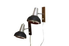 Set van 2 Lakro wandlampen