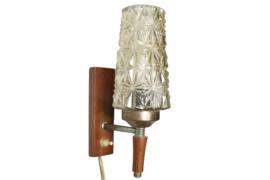Vintage wandlampje met conische kap