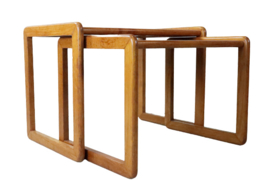 "Nesing tables ""Oschatz"""