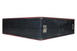 Platenkoffer bordeauxrood / zwart (18 platen)