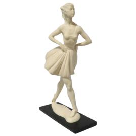 Beeld Ballerina A. Santini