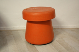 Oranje paddestoel poef