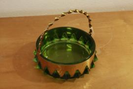 Groen glazen schaaljte
