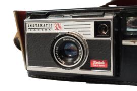 Fotocamera Kodak 'Instamatic 324' (incl behuizing)