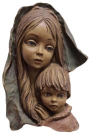 Wandhoofd 'moeder met kind'
