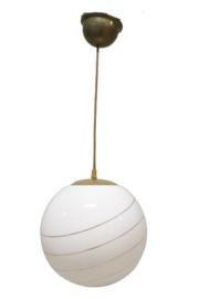 Melkglas met gouden bol