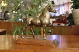 Messing paard
