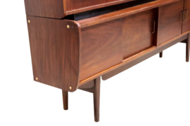 "Highboard ""Stokkelen"" / ""Survivor Series"""