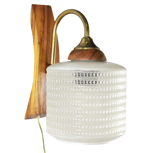 Wandlampje met glazen kap