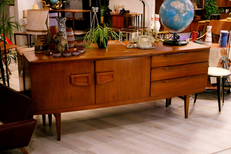 Jaren '60 dressoir Beautility