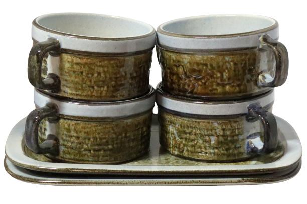 Set van 4 soepkomen + 2 schalen