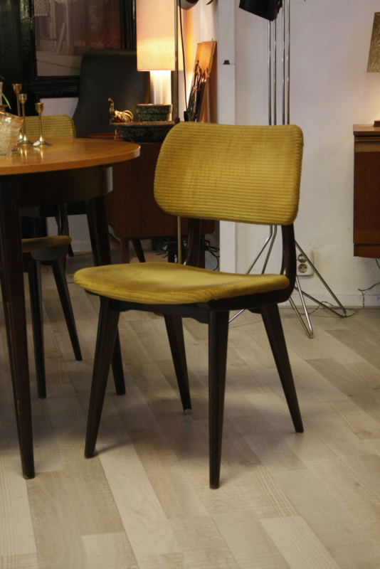 Eetkamerstoelen Set Van 4.Set Van 4 Eetkamerstoelen Sold Items Misceaup The