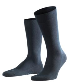 London - d.navy - donkerblauwe Falke kousen zonder elastiek, speciaal voor de bloedsomloop, maat 47-50