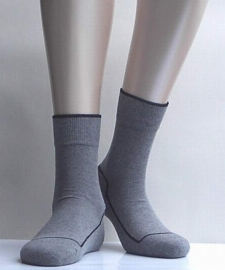 2 Friends - l.grey - voordeelpakje van 2 paar Falke kousen met comfortzool, maat 31-34