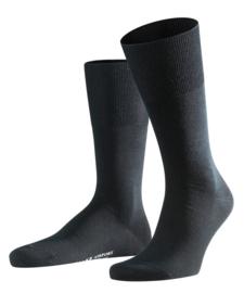 Airport - black - klassieke Falke kousen voor heren, maat 45-46