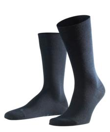 Berlin - d.navy - donkerblauwe Falke kousen zonder elastiek, speciaal voor de bloedsomloop, maat 39-42 (heren)