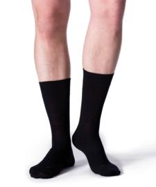 Berlin - black - zwarte Falke kousen zonder elastiek, speciaal voor de bloedsomloop, maat 43-46