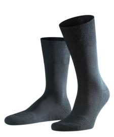 Airport Plus - black - zwarte Falke kousen met dubbele zool, maat 45-46