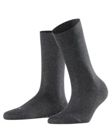 London - anthracite - donkergrijze Falke kousen zonder elastiek, speciaal voor de bloedsomloop, maat 39-42 (dames)