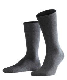 London - anthracite - donkergrijze Falke kousen zonder elastiek, speciaal voor de bloedsomloop, maat 47-50