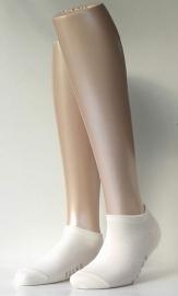 Sneaker Family Short - off-white - korte Falke sokjes, maat 35-38