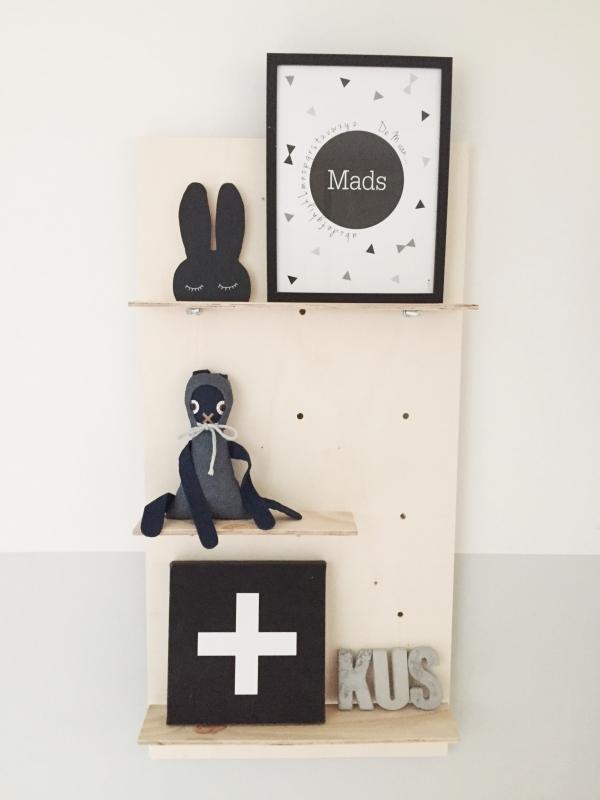 Babykamer Wit Grijs.Babykamer Wit Grijs En Hout Naamposter By Bineke