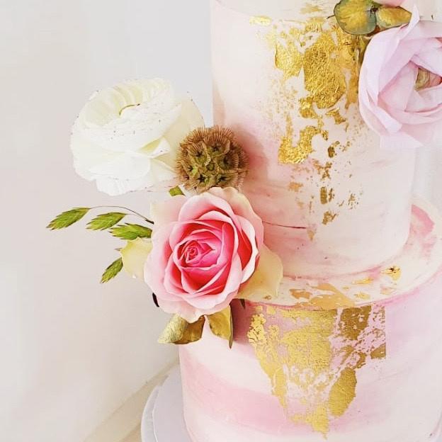 De verjaardagstaart voor de eerste verjaardag van Alina | Een taarttopper met naam en leeftijd