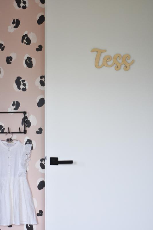 Binnenkijken in een meisjeskamer met roze en zwart | Kinderkamer inspiratie