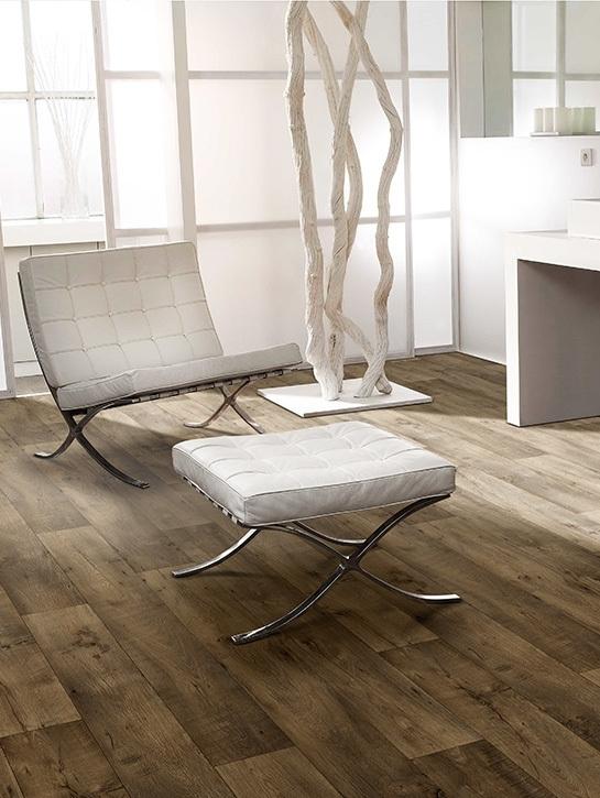Dynamic Wood € 22,50 / m² (400 cm breed)