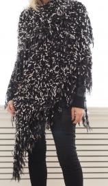 """""""Trian XVIII"""" handknit shawl"""