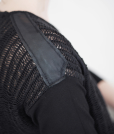 """Protis"" 3/4 sleeves sweater"