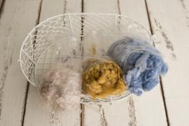 Wol pakket met 3 verschillende kleuren wol vulling