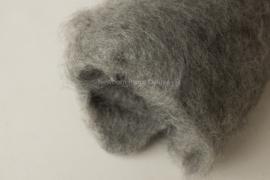 Wool fluff grey medium - 100cmx50cm