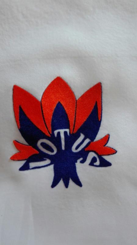 LOTUS embleem  strijkpatroon 10x10