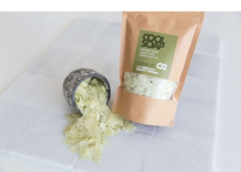Cool soap 02 - Natural soap flakes with greek olive oil +green clay, spinach and lavender